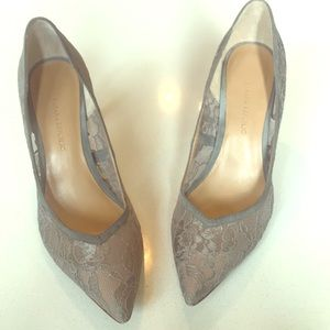 Banana Republic Lace Pumps (silver/grey)